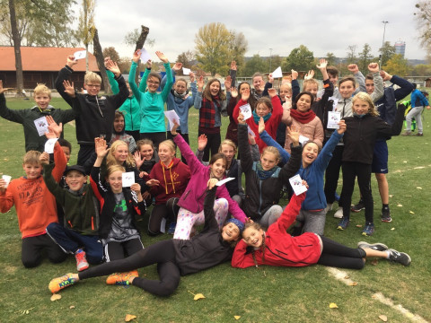 UniverSaale Jena_ Schüler_innen beim Crosslauf im Herbst 2018