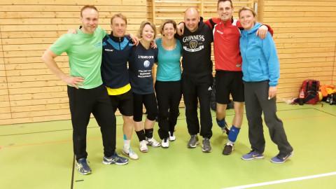 UniverSaale Pädagog_innen beim Lehrer-Volleyball-Turnier der Jenaer Schulen
