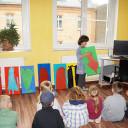 Wackelzahn_Kunstwoche unserer drei QuerWege-Kita's_Gruppe der Malerei_die Künstler beraten sich