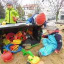 Sandkasten im Garten der Kita Pi mal Daumen