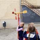 Wackelzahn_Kunstwoche unserer drei QuerWege-Kita's_Juhu,Jubel aus der Holzwerkstattgruppe