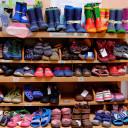 Kleiderbasar Pi mal Daumen_Große Auswahl an Schuhen