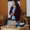 Prof. Dr. Solveig Chilla hält einen Vortrag.