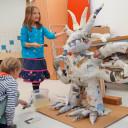 SteinMalEins_Niki de Saint Phalle Projekt_ der Sonnegott wird  gestaltet