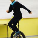 Besuch bei der Zirkus-AG: Einradfahrer